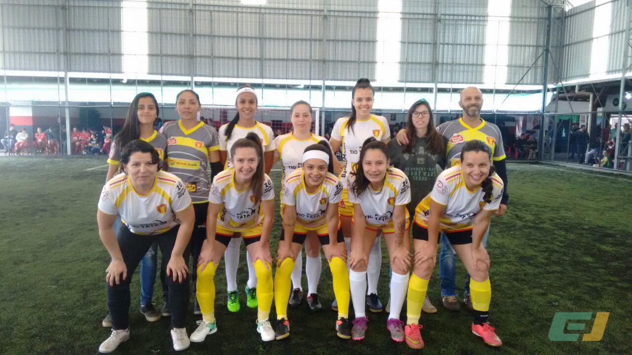 Copa Outubro Rosa promove o futebol feminino e alerta para o câncer de mama 1d74da5e865c7