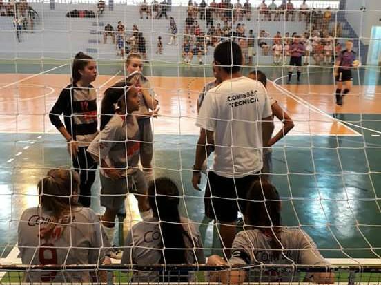 A Assessoritec Joinville estreou com derrota no Campeonato Regional de Futsal  Feminino – Troféu Maria Ondina de Freitas d02914b39ccbe