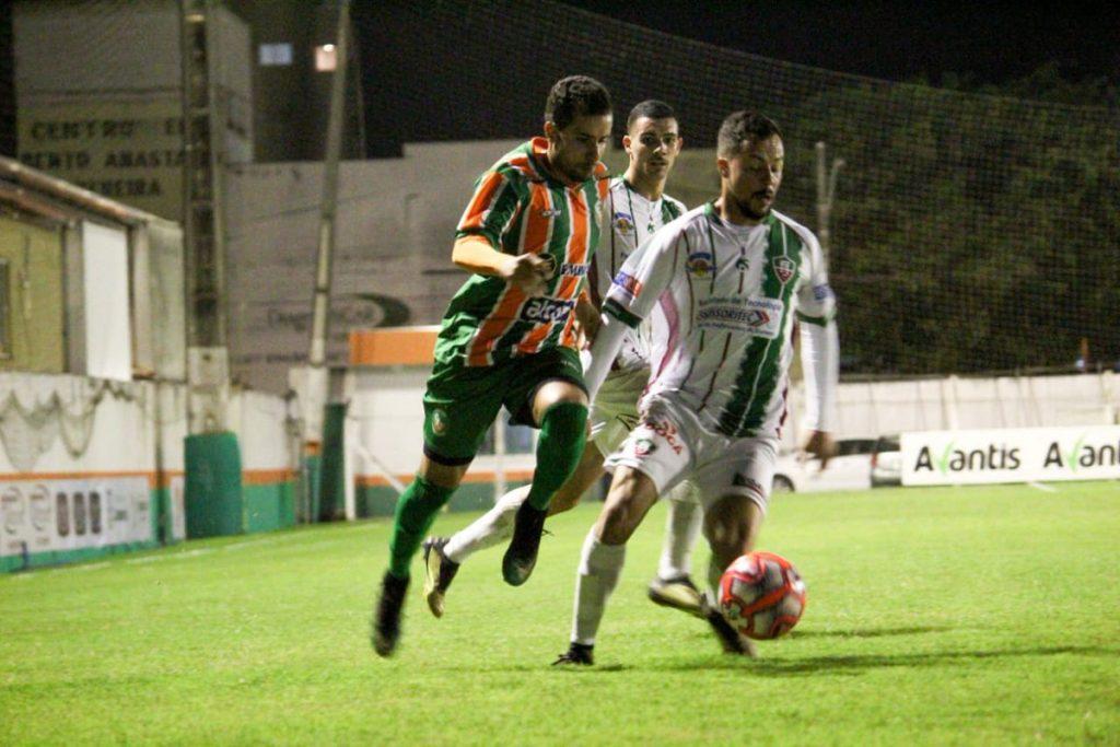 Veja o gol que garantiu a vitória do Fluminense em cima do Camboriú