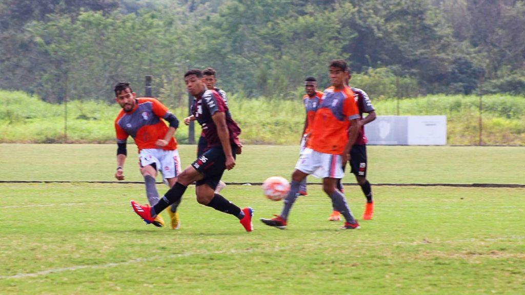 Melhores momentos e os gols do jogo-treino entre JEC 1X1 Athletico-PR
